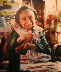 Maud Lewis in her home Maudie Lewis, Doodle, Matching Paint Colors, Paint Stripes, Relaxation Techniques, People Of Interest, Canadian Artists, Outsider Art, Health Advice