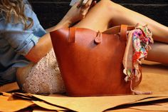 New Folk collection! Leather Tote by cueropapelytijera - Costa Rica Artisan Leather Goods