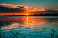 Sunset in Danube Delta Romania Tourism, Romania Travel, Places In Europe, Places To Travel, Places To See, Sunset Photography, Landscape Photography, Beautiful Sky, Beautiful Places