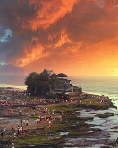 Tanah Lot temple is considered as one of the most sacred and important places in Bali, #Indonesia Photo by: IG @kayekano
