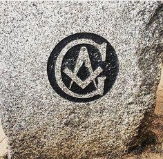 Seek_light Masonic Art, Masonic Lodge, Masonic Symbols, Freemason Symbol, Freemasonry, Monuments, Lodges, Temples, Shirt Designs