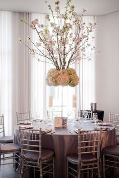 Daily Wedding Inspiration: Sophisticated Wedding Reception Ideas
