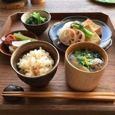 ある日の朝ごはん Easy Japanese Recipes, Asian Recipes, Healthy Recipes, Japanese Diet, Food Crush, Weird Food, Aesthetic Food, Asian Cooking, Food Menu