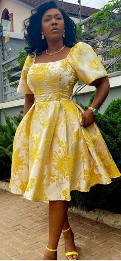 African Party Dresses, African Wedding Attire, African Lace Dresses, Latest African Fashion Dresses, African Dresses For Women, African Print Fashion, African Attire, African Fashion Traditional, Ankara Gown Styles