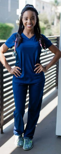re you a woman in nursing, doctor, vet or medical field looking for cute fitted scrubs? Look no further! Check out my look book of cute fitted scrubs by cherokee uniforms and more