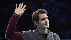 Tay vợt số hai thế giới người Thụy Sĩ phải rút lui khỏi trận chung kết vì chấn thương lưng, do đó Novak Djokovic được trao Cup trước khi đấu trận biểu diễn với Andy Murray trên sân trung tâm nhà thi đấu O2 London, tối chủ nhật 16/11. http://xoso.wap.vn/xsmb-ket-qua-xo-so-mien-bac-xstd.html http://ole.vn