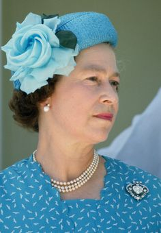 Royal Family Around the World: As Queen Elizabeth II celebrates her birthday, Let's looks back at some of her most Iconic Style Moments, April 2016 Queen Hat, British Royal Families, Royal Queen, Isabel Ii, Her Majesty The Queen, Prince Phillip, Queen Of England, Save The Queen, 90th Birthday