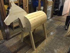 Holzpferd selber machen                                                                                                                                                                                 Mehr