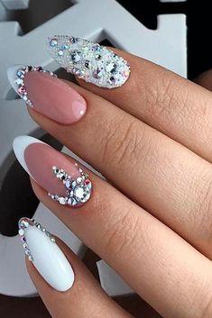 47 Creative Wedding Nails Ideas For Bride - Nails - Nageldesign Simple Wedding Nails, Wedding Nails For Bride, Bride Nails, Wedding Nails Design, Prom Nails, Bling Wedding Nails, Rhinestone Wedding, Weding Nails, Wedding Manicure