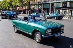 #Peugeot #304 #Cabriolet à la Traversée de #Paris en #Voitures #Anciennes #TdP2015 Article original : http://newsdanciennes.com/2015/08/03/grand-format-news-danciennes-a-la-traversee-de-paris-2/ #Cars #Vintage