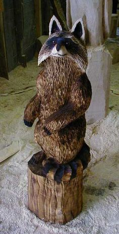 Waschbaer Motorsaegenkuenstler Bär Baer Wood Carver Chainsaw Artist Carving BaerArt Skulpturen und Totems Holger Bär Kunst Sculptures