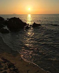 Reposting @tropeavogliadimare: @francesco_bsc ・・・ Sunset & Stromboli 😍 😎#nofilter #calabria #tropea #sea #wonderful #nature #blue #green #clear #travel #instalife #instagood #stromboli #tramonto #sunset #nature #travel #traveling #travelling #naturelovers #travelphotography #traveler #naturelover #traveltheworld #travels #traveladdict #traveldiaries #natureaddict #travelpics #travelphoto #travellife #travelbug #travelawesome #traveldeeper #travelandlife #vacations #travelbeckonz