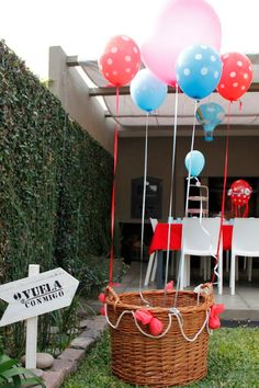 Hot Air Balloon Photobooth/ Subí al globo y sacate una foto! 1st Birthday Pictures, Baby 1st Birthday, Baby Shower Gender Reveal, Baby Boy Shower, Party Stores, Birthday Balloons, Kids Decor, Diy Party, Party Planning