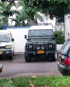Land Rover Defender 90  #defender #landroverdefender #offroad #defender90 #4x4 #defender110 #landrover #onelifeliveit #rangerover #landy #defender130 #overland #car #4wd #adventure #travel #nature #landroverdefender90 #series #offroading #cars #instacar #follow #landroverdefender110 #expedition #explore #uae #instalike #abudhabi #happynewyear by andresmoyanob Land Rover Defender 90  #defender #landroverdefender #offroad #defender90 #4x4 #defender110 #landrover #onelifeliveit #rangerover…