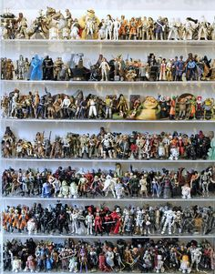 Star Wars The Ultimate Action Figure Collection Lot 1,950 Loose Figs From Book