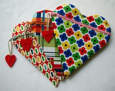 zippered heart pouches // Behind the Hedgerow