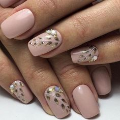 25 Beige Nail Designs Ideas to Try This Season beige nails with glitter;beige gel nails;beige matte nails Source by liketogirls Popular Nail Designs, Cute Nail Art Designs, Fall Nail Designs, Beige Nails, Nude Nails, My Nails, Matte Nails, Ongles Beiges, Nail Art Design Gallery
