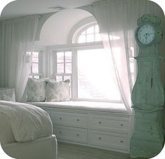 Look CHASITY!!!!!   This would be so pretty in your bedroom!!! Oh yes it would ;)
