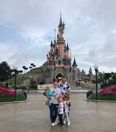 Disneyland Paris Trip Report - June 2019 | Emily and Indiana.  What we got up to on our family holiday to Disneyland Paris in June 2019. A family of 5 (2 adults 3 kids), travelling by Eurostar and staying at Newport Bay Hotel. June Events, Newport Bay, Paris Summer, Disneyland Park, 3 Kids, Pirates Of The Caribbean, Get Up, Paris Travel, Family Holiday