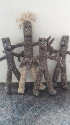 Lady  Love  and the kids...knit by Lillie  Wood