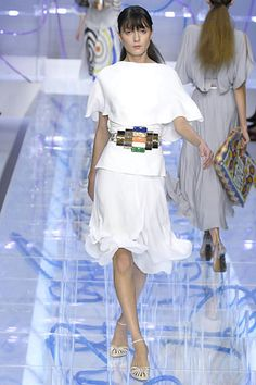 Fendi Spring 2008 Ready-to-Wear Collection Slideshow on Style.com