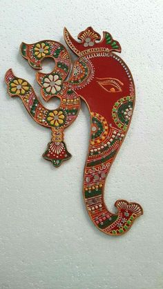 Diy Arts And Crafts, Hobbies And Crafts, Handmade Crafts, Thali Decoration Ideas, Diy Diwali Decorations, Diwali Craft, Diwali Diy, Diy Bottle, Bottle Crafts