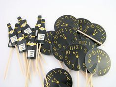 Set of 12 cake toppers clock 11.55pm champagne bottle