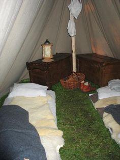 Geteld tent interior