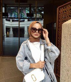 Muslim Fashion, Hijab Fashion, Women's Fashion, Casual Hijab Outfit, Ootd Hijab, Modern Hijab, Selfie Poses, Costume Design, Girl Outfits