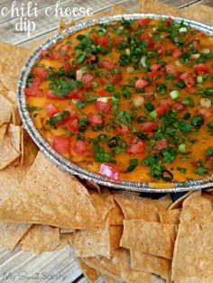 Make Halftime Deliciously Easy with Chili Cheese Dip #ProgressoChili #ProgressoGameDay #GameDayFavorites