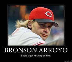 Posing for a photo op like a pro. Bronson Arroyo, Reds Game, Johnny Bench, Cincinnati Reds Baseball, Baseball Stuff, 3 Boys, Sports Humor, Softball, Mlb