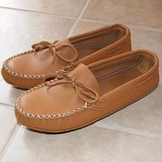 189feb8e44b Men s Genuine Leather Wide Fit Soft Sole Authentic Moccasin Slippers