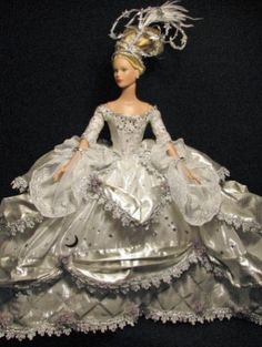 nice doll Barbie Gowns, Barbie Clothes, Barbie Costumes, Barbie Doll, Pretty Dolls, Beautiful Dolls, Bride Dolls, Barbie Princesa, Barbie Collection