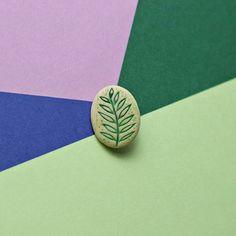 #mint #etsy #brooch #gramotnik #веточка #лепка #полимернаяглина #ручнаяработа #ярко #фимо #studiotort #handmade #fimo #polymerclay #TORT #Грамотник