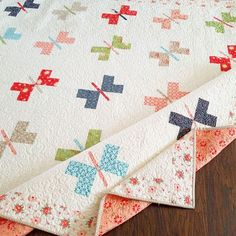 Butterfly quilt pattern - More Harper's Garden Quilts – Butterfly quilt pattern Butterfly Quilt Pattern, Pattern Paper, Cute Quilts, Baby Quilts, Owl Quilts, Fat Quarters, Quilting Projects, Sewing Projects, Quilting Ideas
