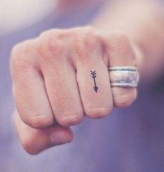 Le tatouage main – pas donné à tout le monde