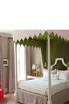Best Bedroom Curtains Ideas For Bedroom Window Treatments inside proportions 980 X 1472 Gold Curtains Bedroom Ideas - In any room from the house, curtains Girls Bedroom Curtains, Bedroom Red, Cool Curtains, Bedroom Windows, Small Room Bedroom, Guest Bedrooms, Small Rooms, Bedroom Ideas, Paris Bedroom