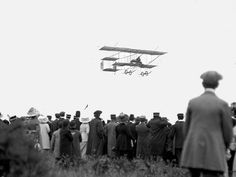 timespent:    my-ear-trumpet:    pincurlsandpinstripes:    Bournemouth Air Festival 1910