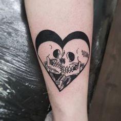 26 Ideas For Tattoo Old School Design Inspiration Flower - - school halloween tattoos Halloween Tattoo, Clown Tattoo, Calavera Tattoo, Voodoo Tattoo, Dream Tattoos, Body Art Tattoos, Tattoo Drawings, Tatoos, Pretty Tattoos