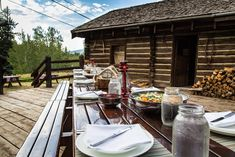 From private dining at a historic cabin to cool cocktails in the mountain sun, here are 12 ways The Ritz-Carlton, Bachelor Gulch crafts a memorable Colorado culinary experience Avon, Colorado, How To Memorize Things, Cocktails, Mountain, Magazine, Weddings, Dining, Crafts