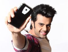 """Lapcare ropes in actor and anchor Manish Paul as brand ambassador.  Speaking on the development, actor and anchor, Manish Paul, said, """"It is indeed a matter of  great pleasure to be associated with Lapcare, a brand that is synonymous with innovation, style and functionality. I am a gadget buff and  very selective about the products I use .So, when I came across the funky products of Lapcare, I  felt they fit my  technology related needs, style, and personality very well."""