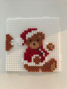 Perler Bead Designs, Hama Beads Design, Pearler Bead Patterns, Perler Bead Art, Perler Patterns, Christmas Perler Beads, Diy Christmas Ornaments, Beading For Kids, Peler Beads