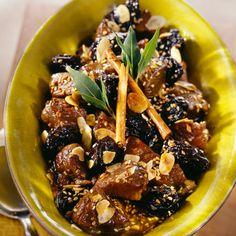 Découvrez la recette tajine d'agneau au pruneau et sésame sur Cuisine-actuelle.fr.