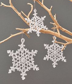 Beautiful Lacy Snowflake Ornaments free crochet pattern in Aunt Lydia's Size 20 Crochet Thread. Crocheted snowflakes are a wonderful way Crochet Thread Patterns, Crochet Thread Size 10, Crochet Snowflake Pattern, Christmas Crochet Patterns, Holiday Crochet, Crochet Snowflakes, Knitting Patterns, Crochet Christmas Decorations, Crochet Ornaments