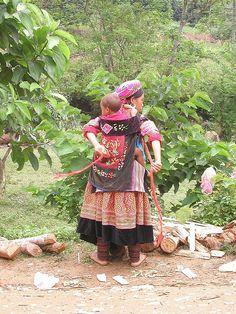 Flower Hmong woman, vietnam