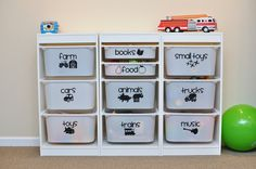 25 + › 19 Unique Toy Storage Ideas for Kid's Playroom, Bedroom & Small Space Living Room 2019 - Kinderspielzeug diy - Spielzeug Ikea Playroom, Ikea Kids Room, Playroom Ideas, Creative Toy Storage, Storage Ideas, Diy Storage, Lego Storage, Storage Bins For Toys, Storage Containers