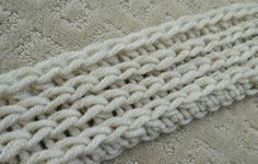 Camel stitch Crochet stitch (half double crochet in the third loop) that looks like knit.