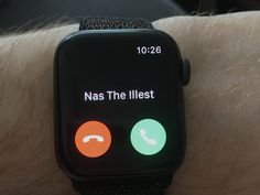 Best Apple Watch tips and tricks that make life easier Apple Watch Hacks, Best Apple Watch, Apple Watch Iphone, Apple Watch Series, Apple Maps, Apple Tv, Theater Mode, Breathing App, Alarm App