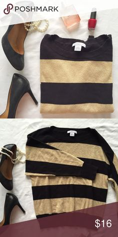 """Liz Claiborne gold and black striped knit top This is a beautiful striped top - the material is a knit, kind of like a really light sweater. Has dolman style sleeves, which are so comfy!! This item is gently used, but still in great condition. Measurements (laying flat): bust 20"""", length 23"""", arm 22"""". Liz Claiborne Tops"""