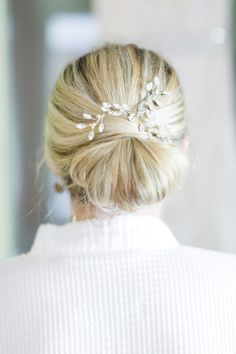 Glittery custom hairpiece from Madeleine's Daughter. Photo by Mon Petit Studio.